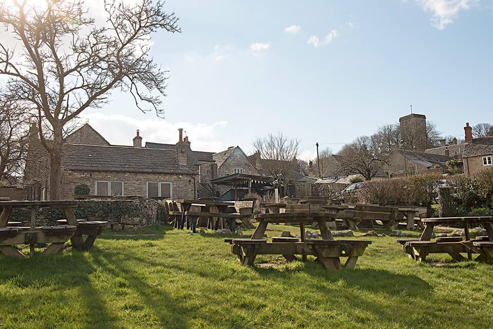 Scott Arms pub garden